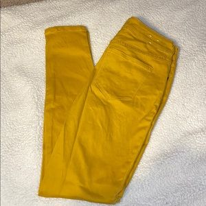 Old Navy-Mustard colored skinny jeans